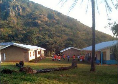 projecten-bouw-voor-bouw-Babungo-BIHC-kliniek