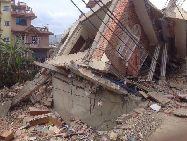 Hulp na aardbeving